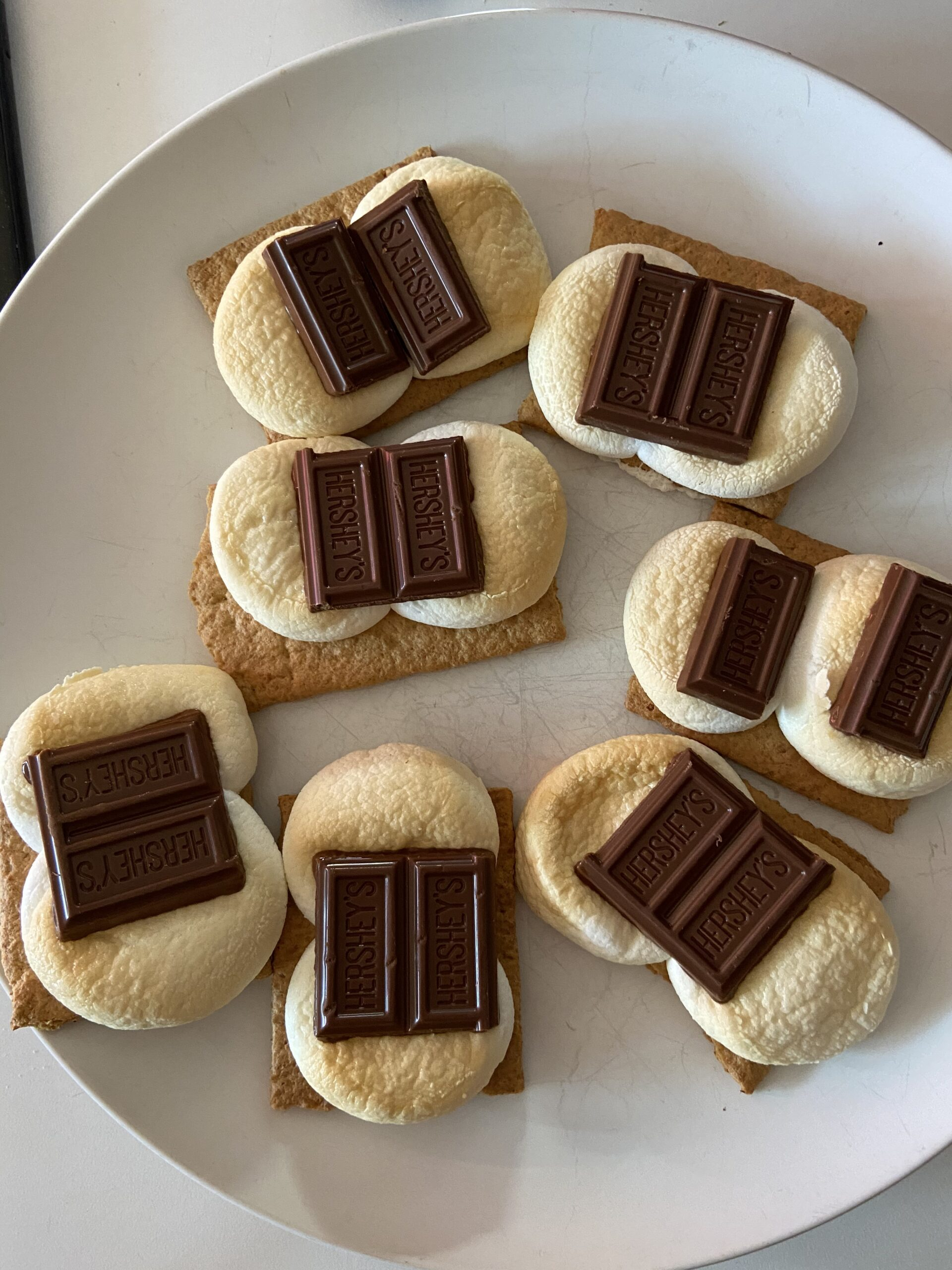 Miss Murder's Easy Air Fryer S'mores